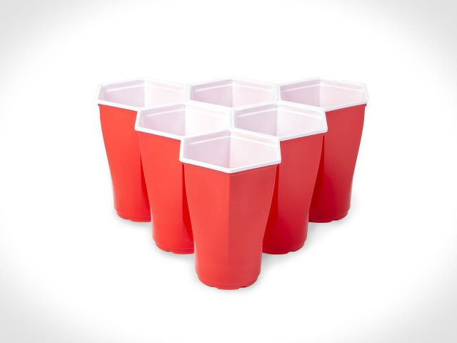 hexagonal-beer-pong-cups-001